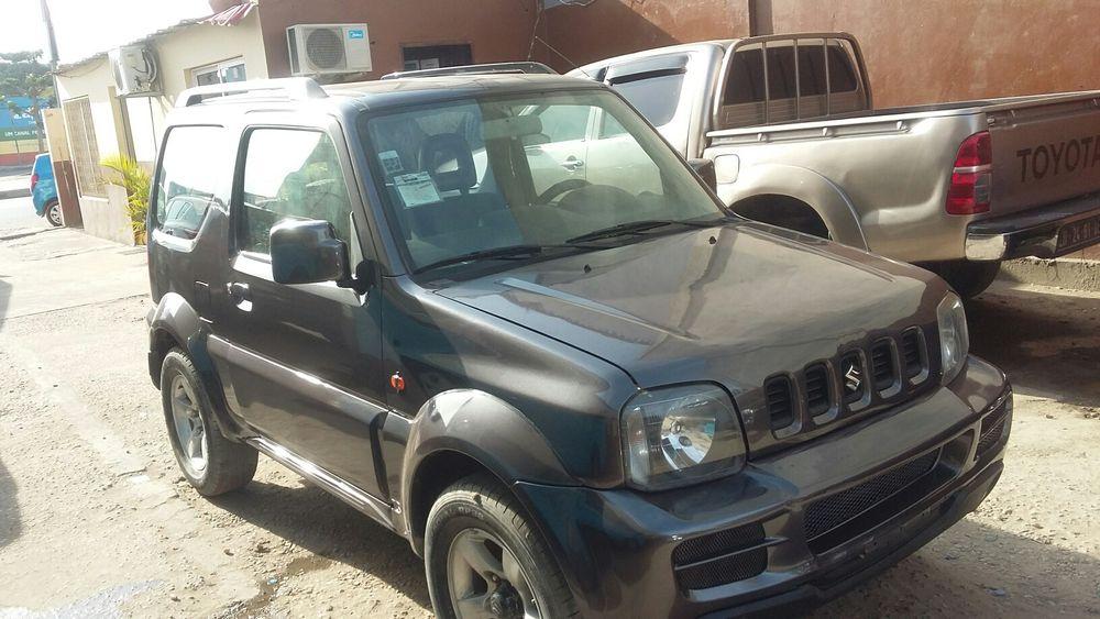 Suzuki gimny automatico.