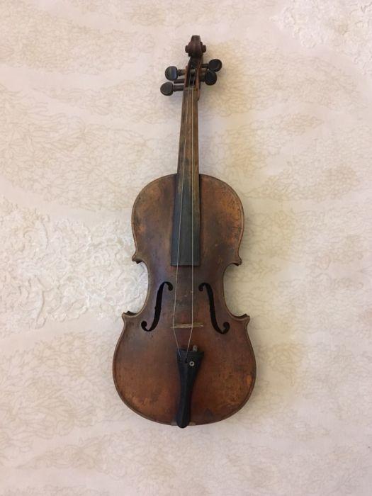 Superba vioara sf.sec XIX inceputul sec XX. Pret fix