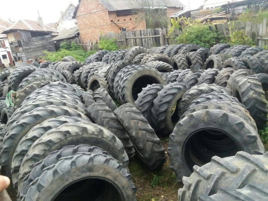 Anvelope tractor 360/70R24