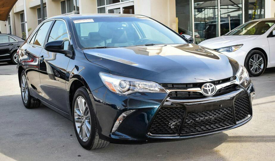Toyota Camry Viana - imagem 1