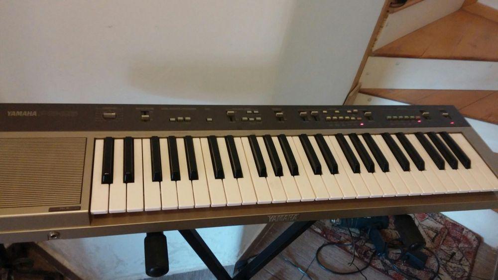 vand orga Yamaha PS 25 clape keyboard AC adaptor