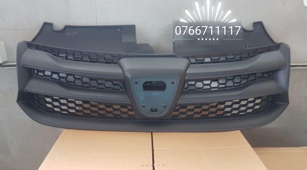 Grilă superioară( calandru) nouă Dacia Logan 2 an 2013*2014*2015*2016