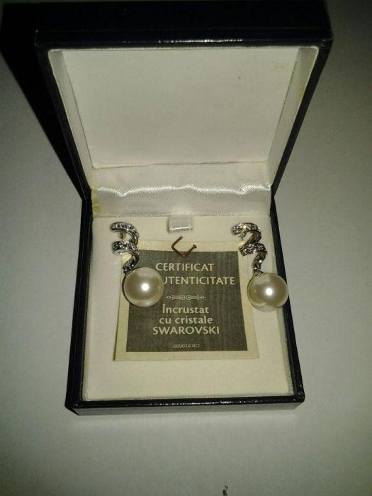 Vând cercei damă perle și cristale Swarovski