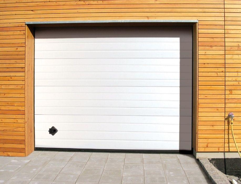 Usa de garaj sectionala izolata 2500/2000 standard pret 399 euro