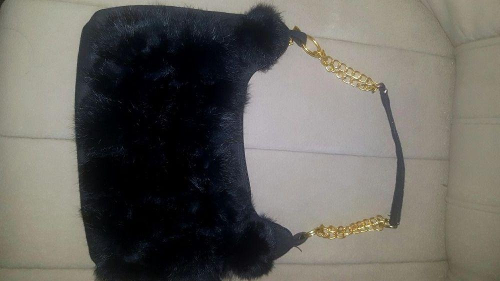 Чанта черен заек