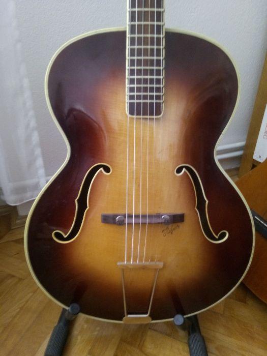 chitara jazz hollowbody archtop Höfner Hofner 456