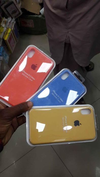 Capas silicone iPhone X's Max . Disponível