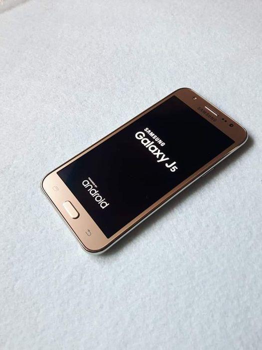 Vendo Samsung galaxy j5 original na caixa Dual sim