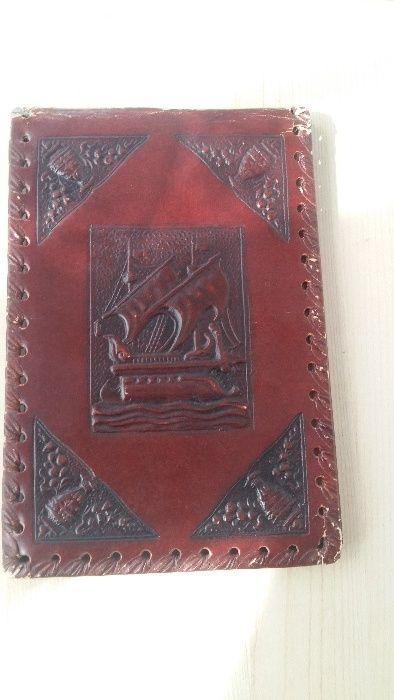 Coperta piele, marochinarie rafinata, se poate folosi la blocnotes