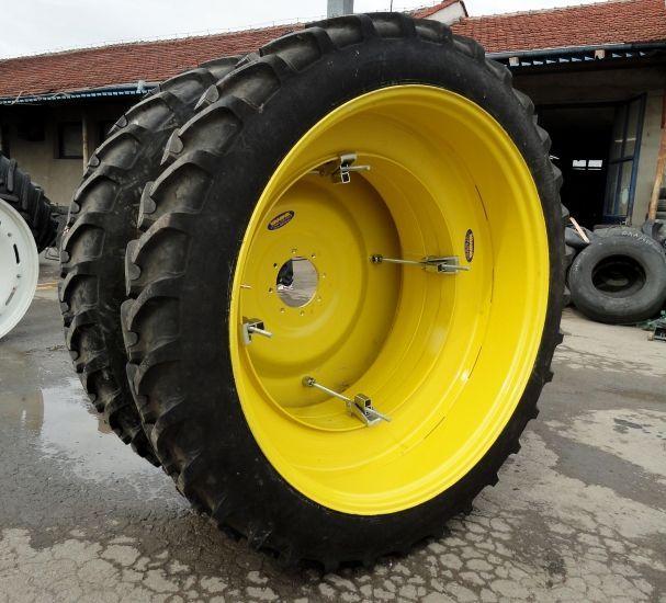 тесни и сдвоени джанти и гуми за комбайни и трактори