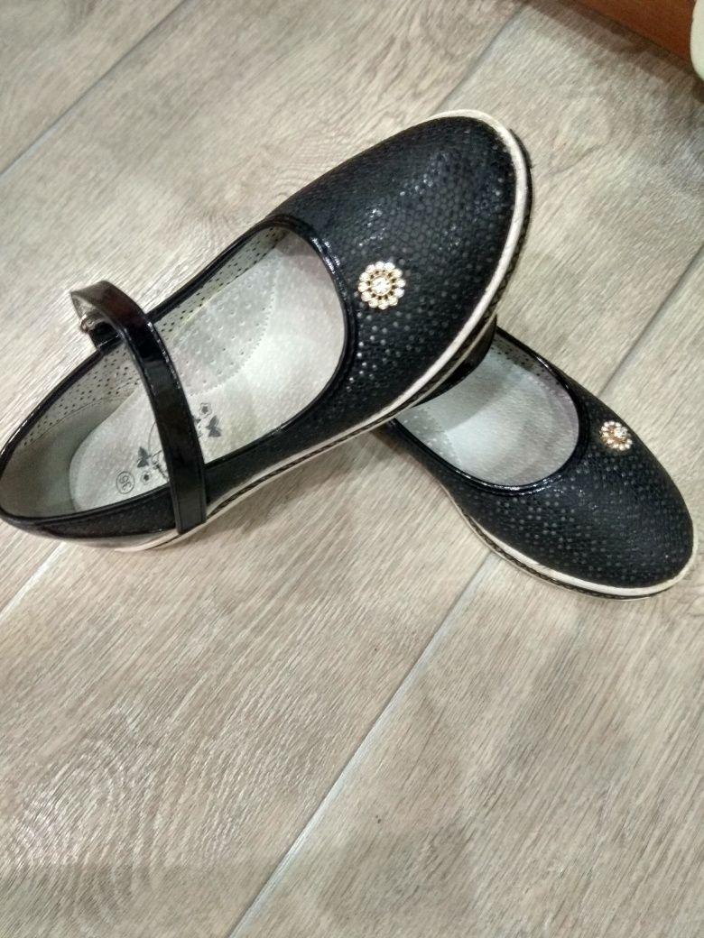 Туфли на девочку: 3 000 тг. - Детская обувь Павлодар на Olx