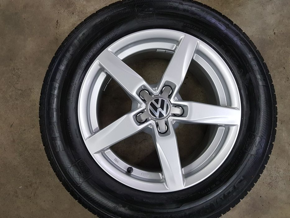 "Jante 16"" VW Tiguan cu anvelope Iarna"