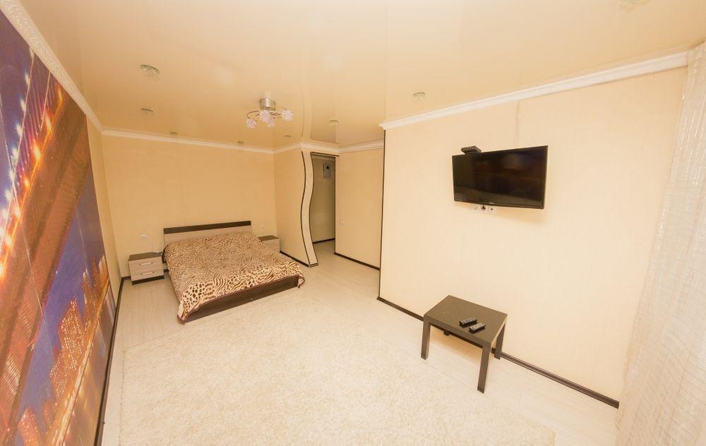 Однакомнатная Квартира в Центре города. Р-н: Школы Бэст. КТВ / Wi-Fi.