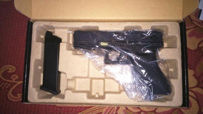 Pistol Glock 18c airsoft gaz metal co2 incarcator green gas bile pusca