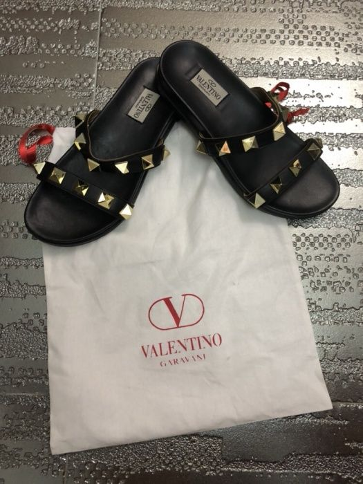 Papuci/șlapi dama /Valentino / piele naturala 100% mărimea 38 pe stoc