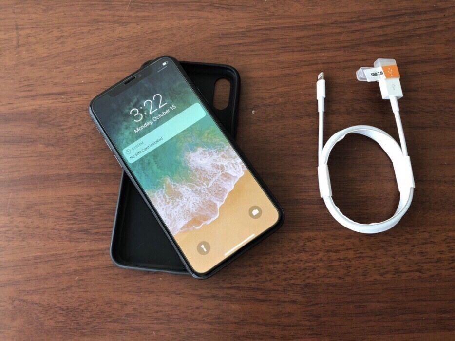 iPhone X(10) com 64gigas super limpo com oferta de pasta e protetor Malhangalene - imagem 1