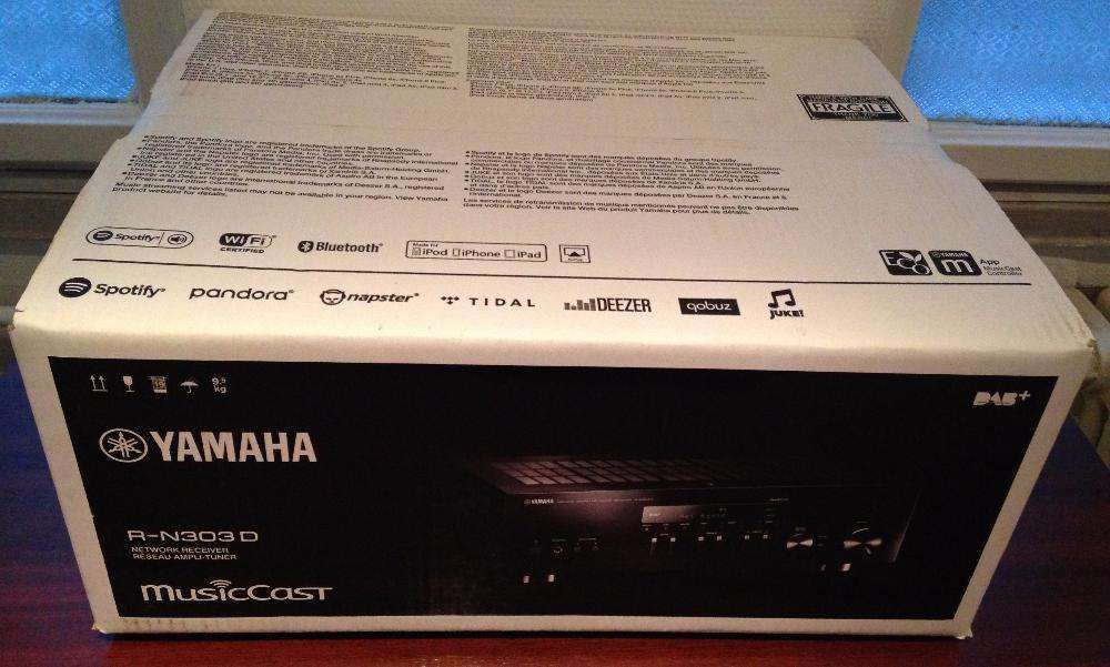 Amplituner cu bluetooth si intrari digitale Yamaha R-N303D,nou,sigilat