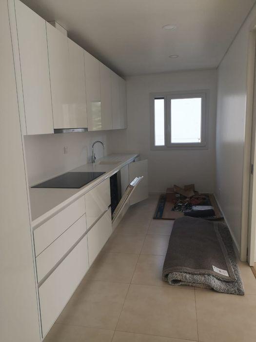 Vende-se apartamento T3 no condomínio Polana Residence Polana - imagem 6
