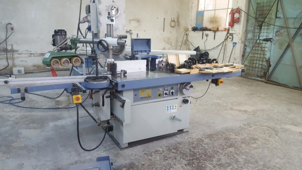 Masina de frezat cu ax si masa de cepuit Bernardo TS 1300 TCE
