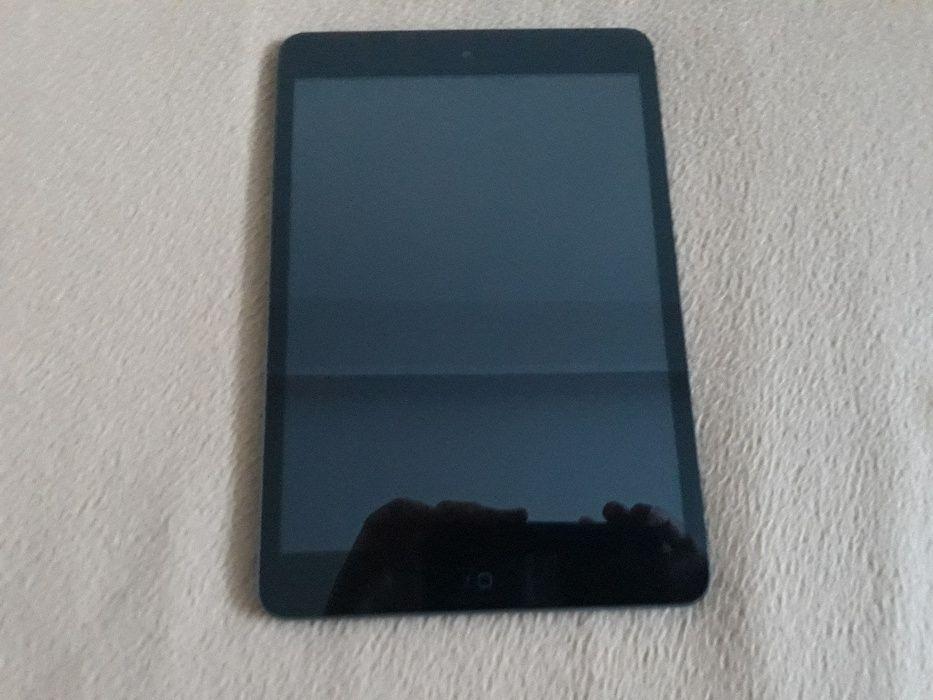 Vand iPad Mini 1st Gen Wi-Fi & 3g 32GB la Cutie Pachet Complet