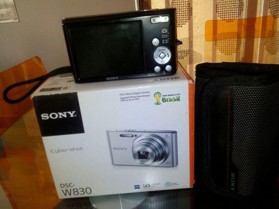 Desapego da minha camera digital sony como nova, aproveita!!