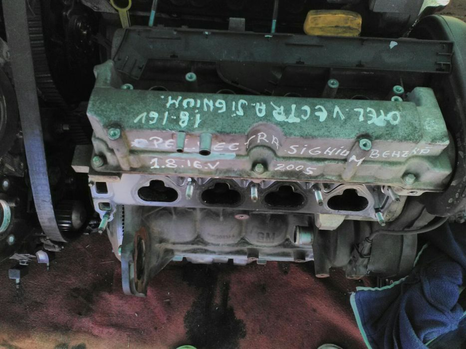 Vand motor opel vectra signium 1.8.16v.anul 2005.