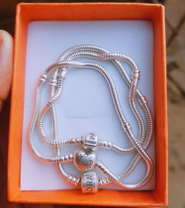 Pandoras novas d PRATAS numa caixa cada 16 mil O presente perfeito par