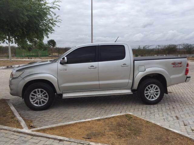 Toyota hilux por apenas 4,000.000.00kz