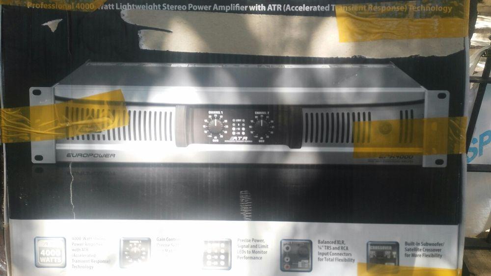 PA berigner 4000watts de potencia novo