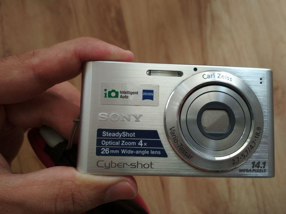 Фотоапарат Sony DSC W320 и калъф