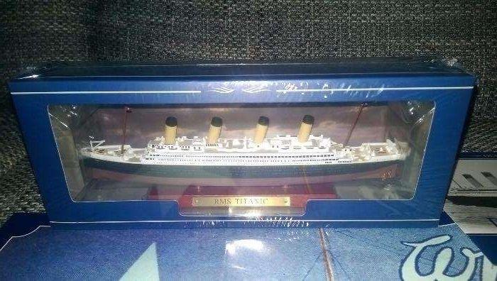 se vinde macheta vapor RMS TITANIC atlas model