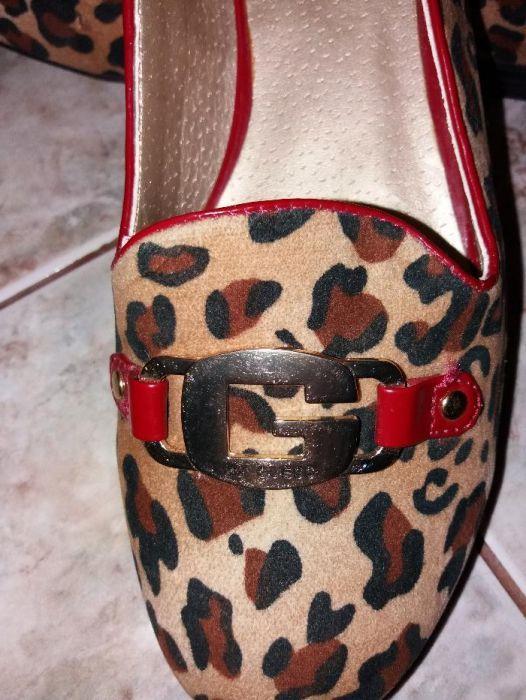 Pantofi Guess Noi