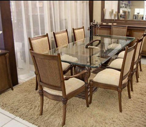 Mesa de 8 cadeiras á venda