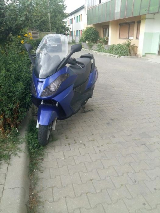 Aprilia atlantic 200cm3 an 2003