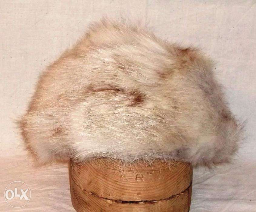 caciula blana naturala