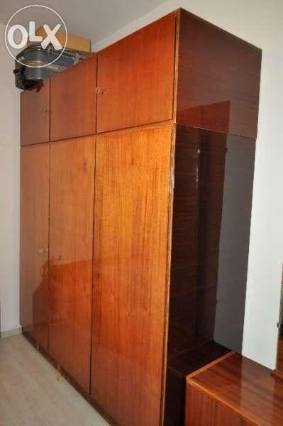 Спалня, два гардероба, скрин, тоалетка