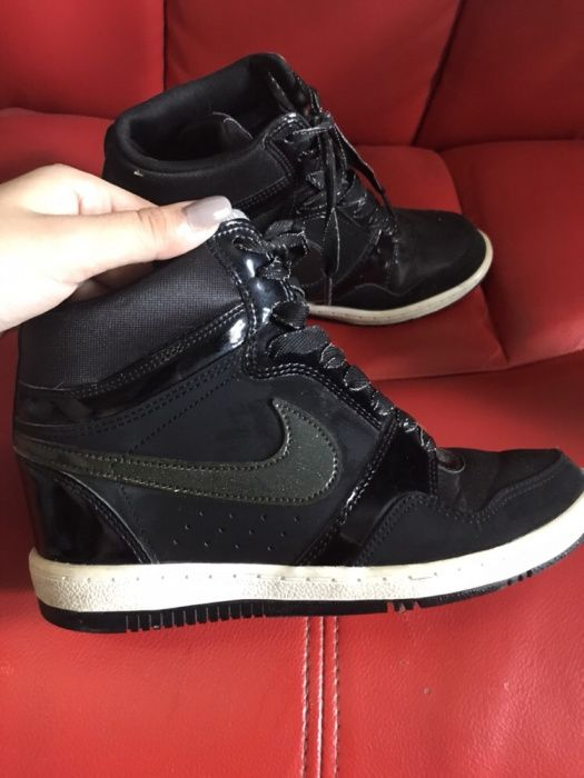 Adidasi Nike Force