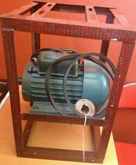 Ел.мотор със стойката 1,5кв