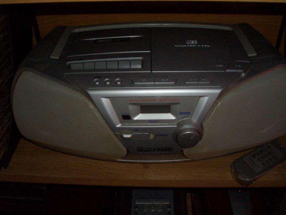 Casetofon cu cd,casete,radio,telecomanda Panasonic (schimb)