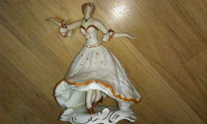Bibelou dansatoare