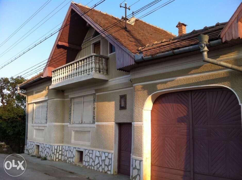 Vanzare  casa  4 camere Sibiu, Poiana Sibiului  - 69200 EURO