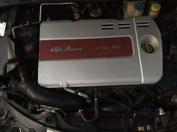 Алфа 159 двигател 2.4 200 к.с. на части