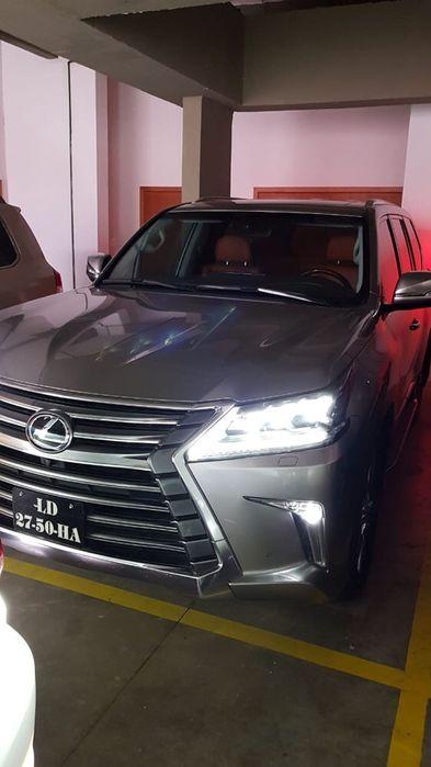 Lexus 570 último modelo 5.000 km por 45.000.000 kz negociável