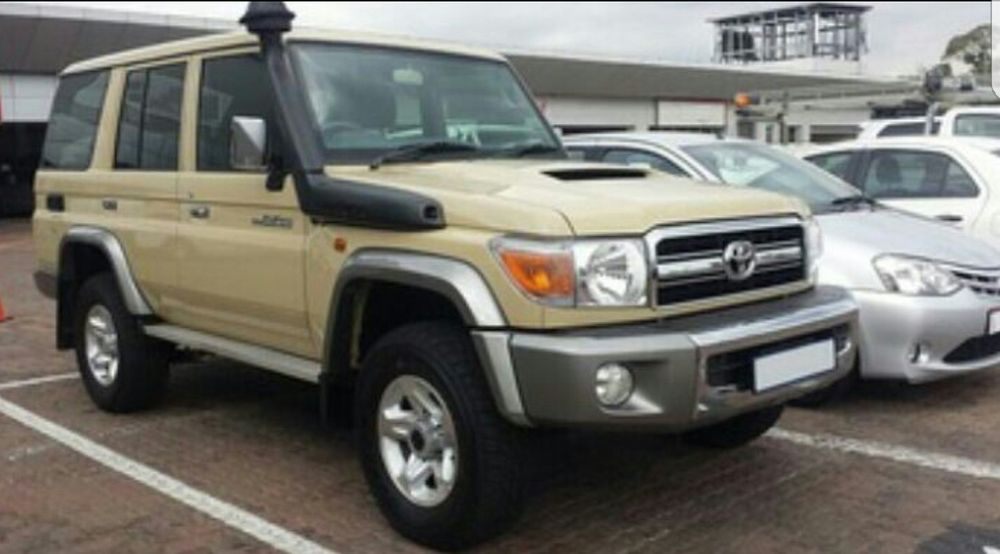 Toyota Lander Cruiser a venda