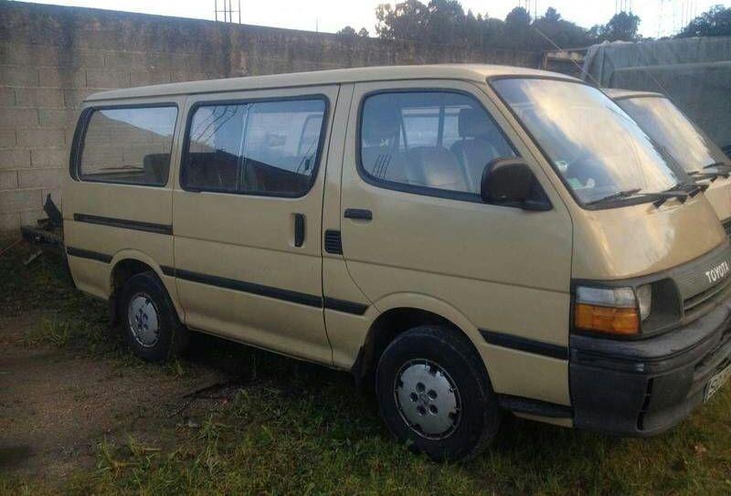 Toyota commuter Noqui - imagem 1
