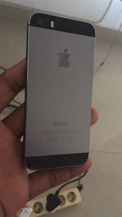IPhone 5s 16 Gb novo