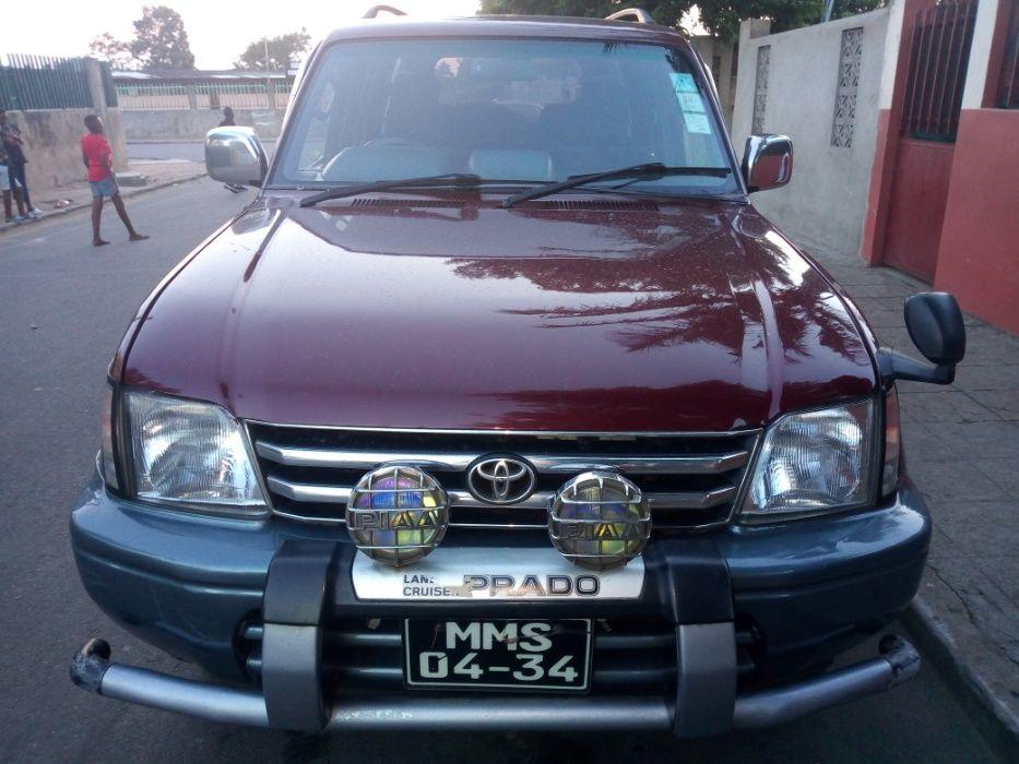 Toyota Land Cruiser Prado a Diesel J