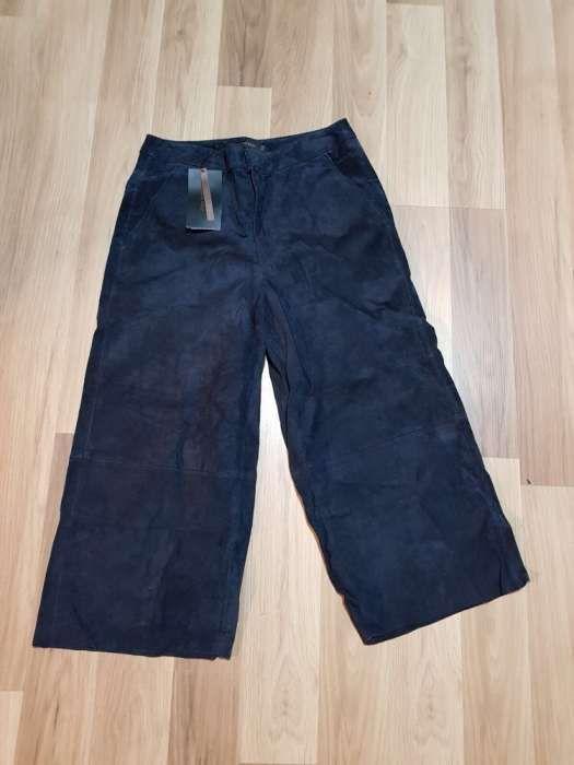 Pantaloni Zara din piele întoarsă de dama