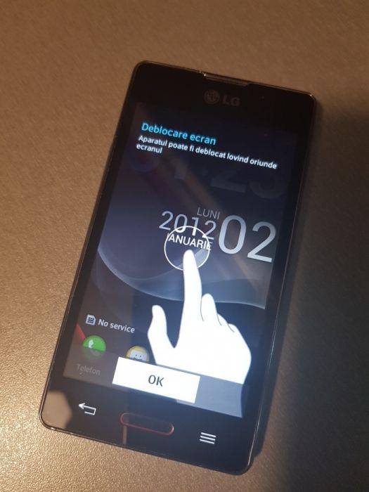 Telefon LG Ls2