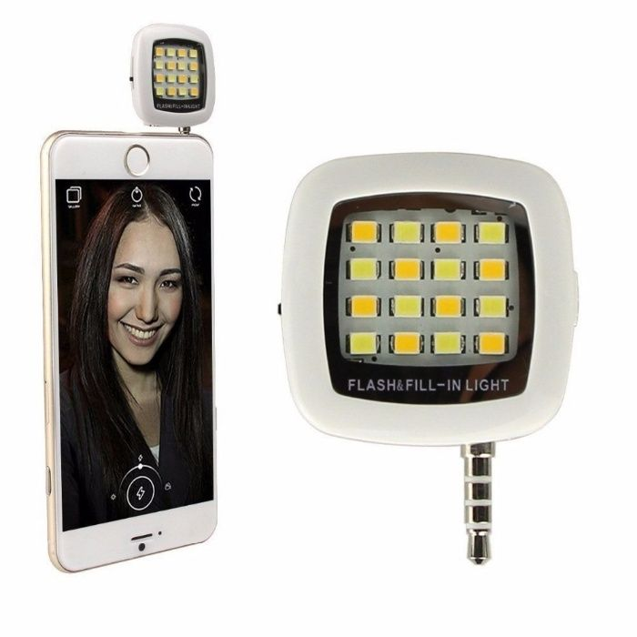 Flash Blitz telefon mobil pentru selfie